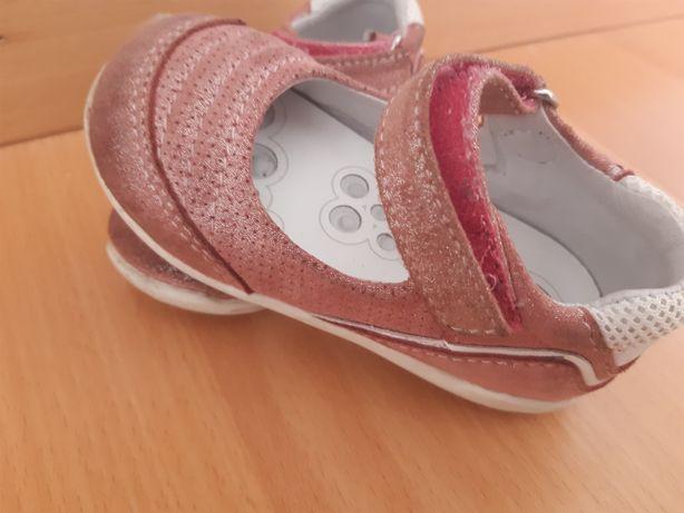 Sapatos da chicco em bom estado tamanho 21