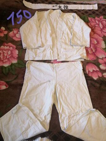 Кимоно рост 130,150 см, 3 комплекта, 4 пояса