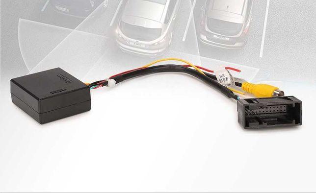 Adapter fabrycznej kamery cofania VW Seat Skoda Konw. RCA