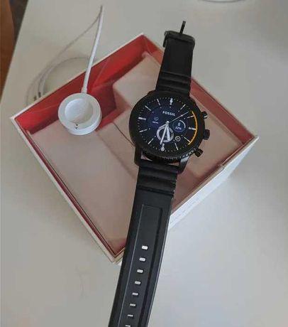 Smartwatch Fossil Q Explorist Gen 4 com WearOS, GPS e NFC (Google Pay)