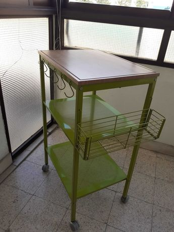 Vendo carrinho de cozinha/mesa de apoio/ilha