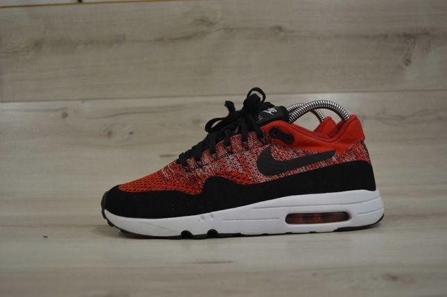 Мужские кроссовки фирмы Nike Air max