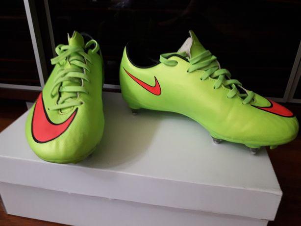 Korki Nike stan bdb jak nowe rozmiar 36 długość wkładki 23.5cm