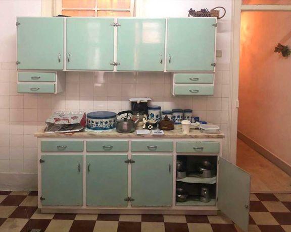 Cozinha vintage em excelente estado