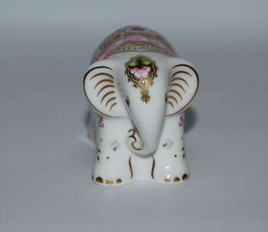 новая фигурка слоник baby Indian elephant 2005 royal crown derby Engla