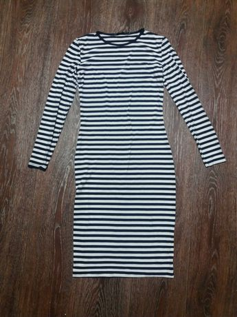 Платье с длинным рукавом полосатое сине- белое размер XS 42