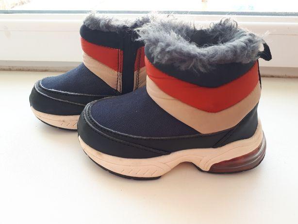 Зимние ботинки zara.сапожки