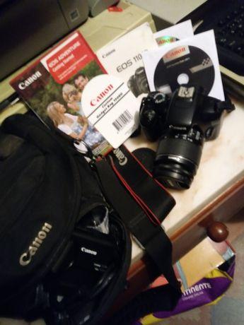 Máquina fotográfica canon EOS 1100D.