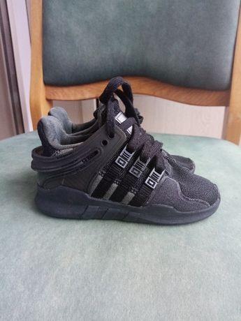 Продаються оригінальні дитячі кросівки Adidas