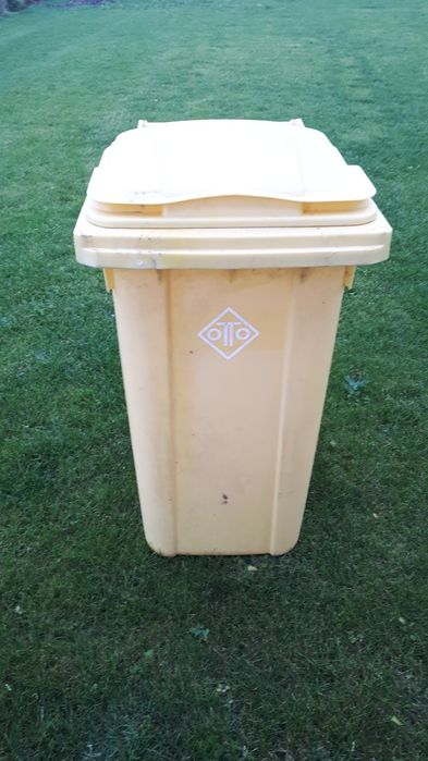 Kosz na śmieci 240 litrów Sławoszyno - image 1