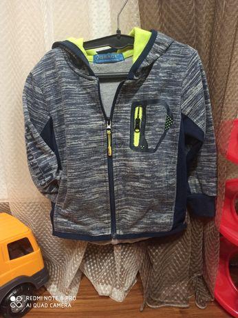 Фирменная кофта для мальчика свитер спортивная кофта