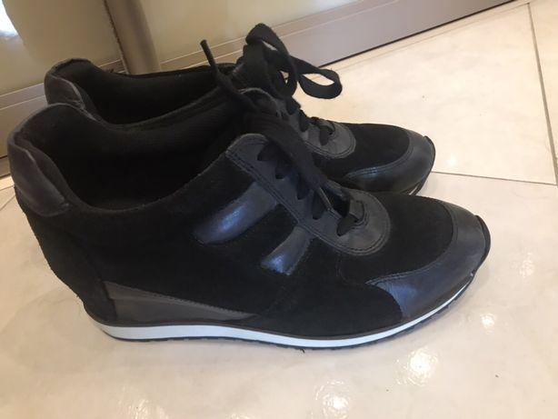 Ботинки ,Сникерсы женские