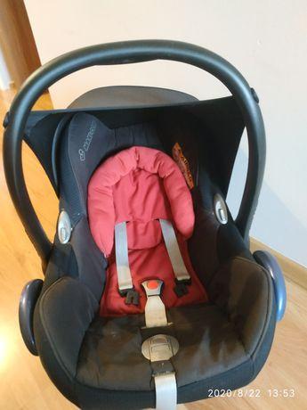 Maxi Cosi CabrioFix 0-13kg - fotelik samochodowy z wkładką niemowlęcą