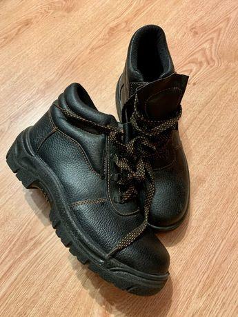 Новые мужские осенние ботинки