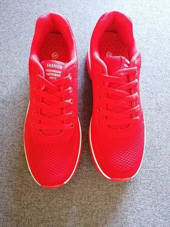 Sapatilhas vermelhas Tam 40