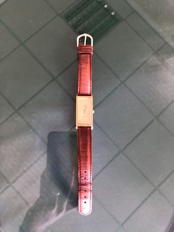 Relógio marca Omega
