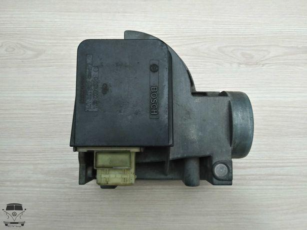 Расходомер воздуха 1.8 2.0 Гольф 3 Пассат Б3 Б4 Ауди