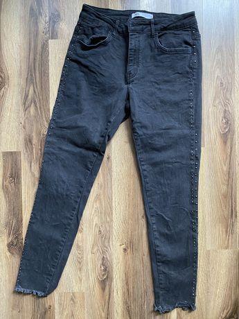 Spodnie jeansowe dżinsowe jeansy dżinsy z dżetami rurki lampasami