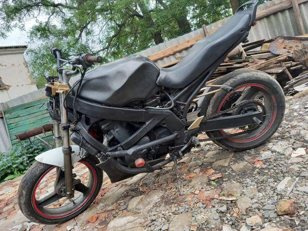 Продам Kawasaki ZZR-600