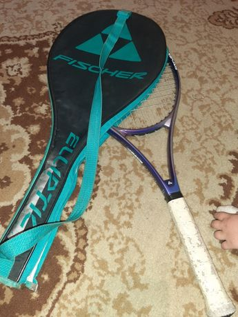 Ракетка fischer для великого тенісу