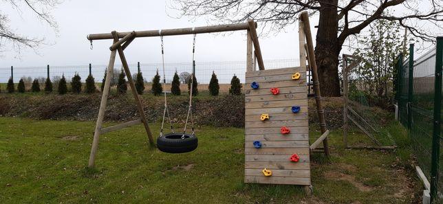 Plac zabaw dla dzieci / huśtawka.