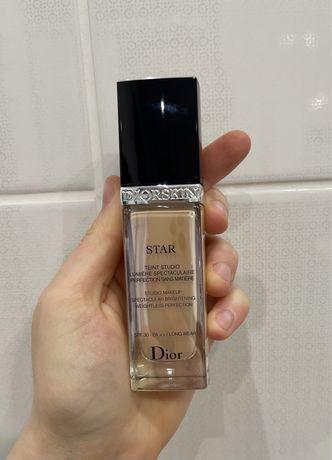 Тональный крем Christian Dior Diorskin Star