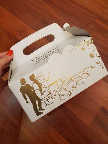 Коробки для солодкого гостям, весільні коробки для пляцків