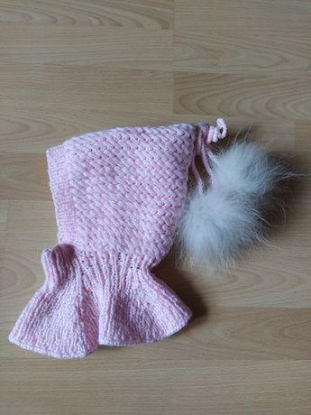 шапочка- шлем, зимняя на девочку 9-12 месяцев