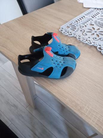 Sandały Nike 27 roz