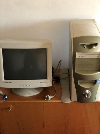 Настольный компьютер (системный блок и монитор SyncMaster 551s)
