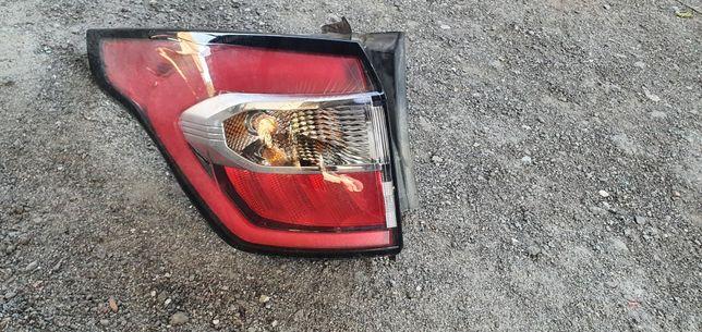 Задний правый фонарь ford escape 2017