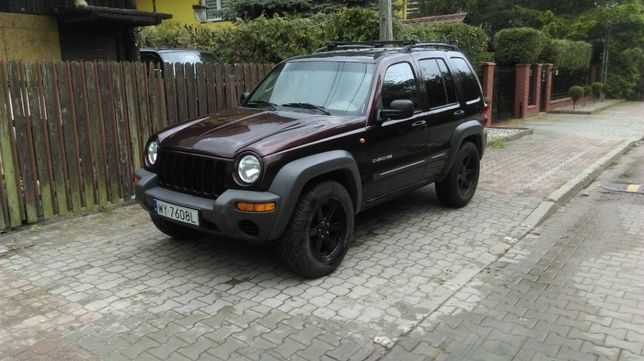 jeep opony z felgami  jeep liberty 245/70/17