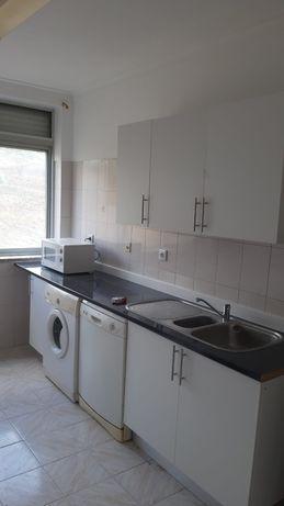 Apartamento T3 para arrendar  em Alhandra
