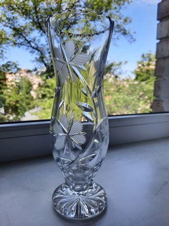 Хрустальна ваза