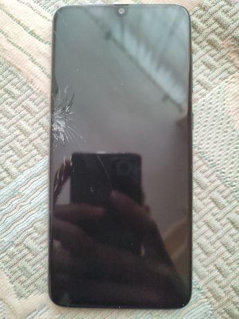 Sprzedam uszkodzonego Samsunga A70