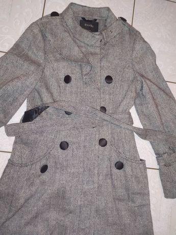 Nowy płaszcz damski s/m