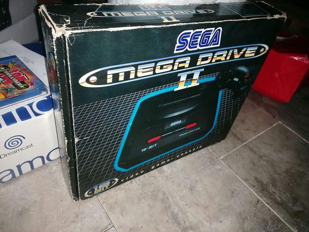 Mega drive II + jogos + comandos