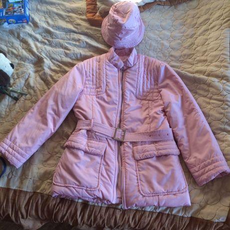 Продам демисезонную женскую куртку