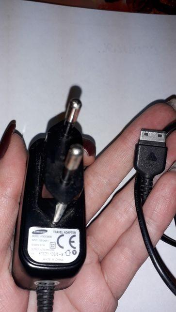 Зарядки для телефонов