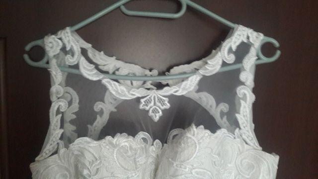 Продам свадебное платье р.44-46(М) не венчаное