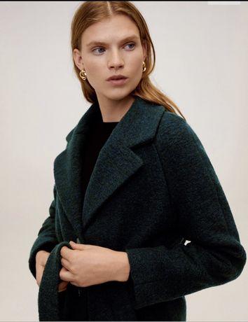 Продам длиное пальто Mango.Новое. 51% шерсть. Теплое и мягкое.