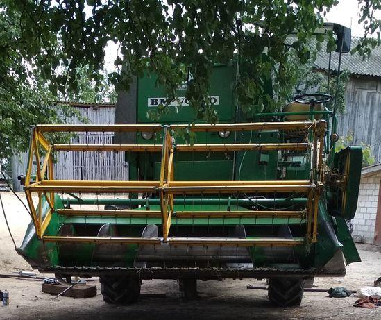 Продам комбайн зернозбиральний марки Volvo bm830