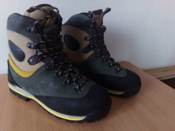 Альпинистские,Горные Ботинки Rossignol Thermo,Vibram.37 розмір