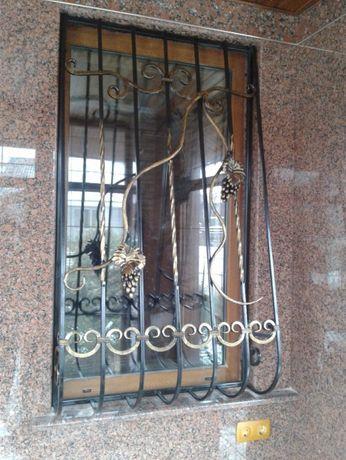 Решетки на окна, навесы, козырьки, оградки