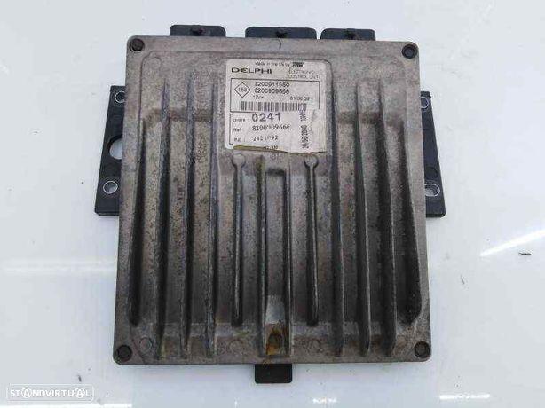 8200909666 Centralina do motor RENAULT KANGOO / GRAND KANGOO (KW0/1_) 1.5 dCi 105 (KW0F) K9K 806