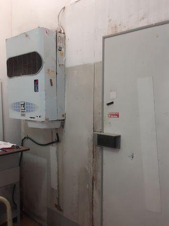 Alugase armazém  com câmaras  de frio congelação