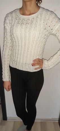 Swetr recznie robiony na szydelku,welniany