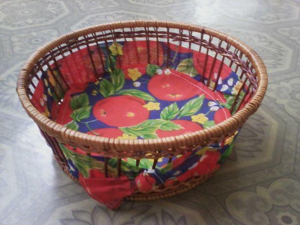 Корзина для фруктов плетёная