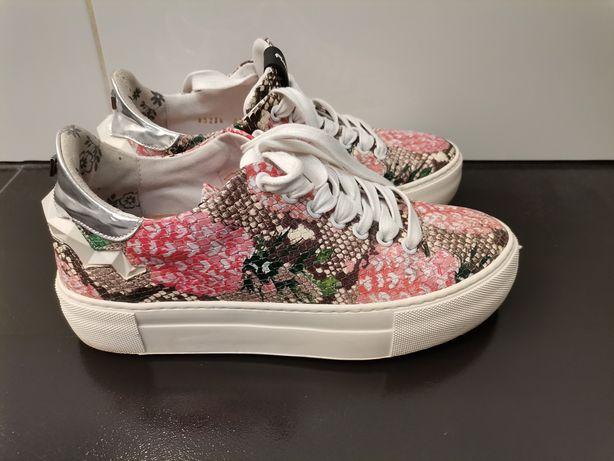 Buty sneakersy 38/ 39