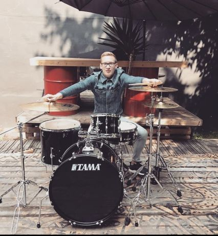 Сесійний барабанщик